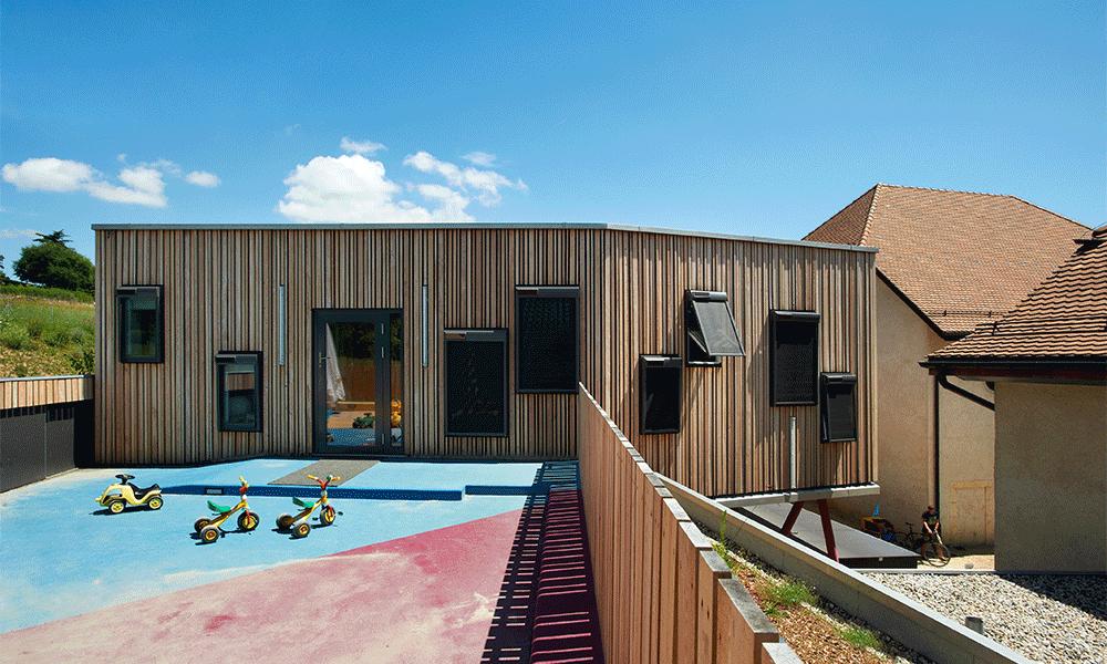 Cour extérieure du Centre de vie enfantine
