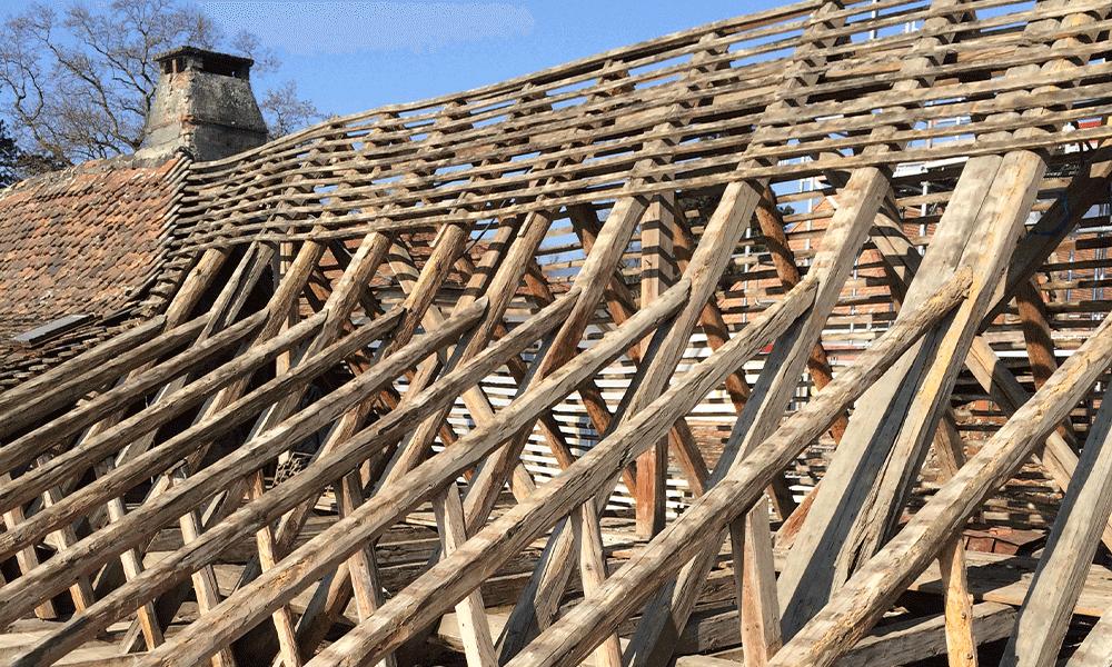 Structure bois du Château Montmirail