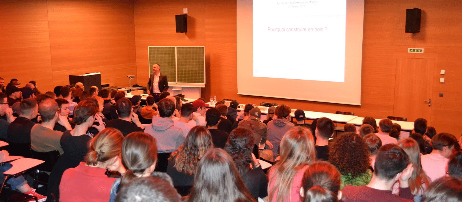 Conférence Au Gymnase De Morges