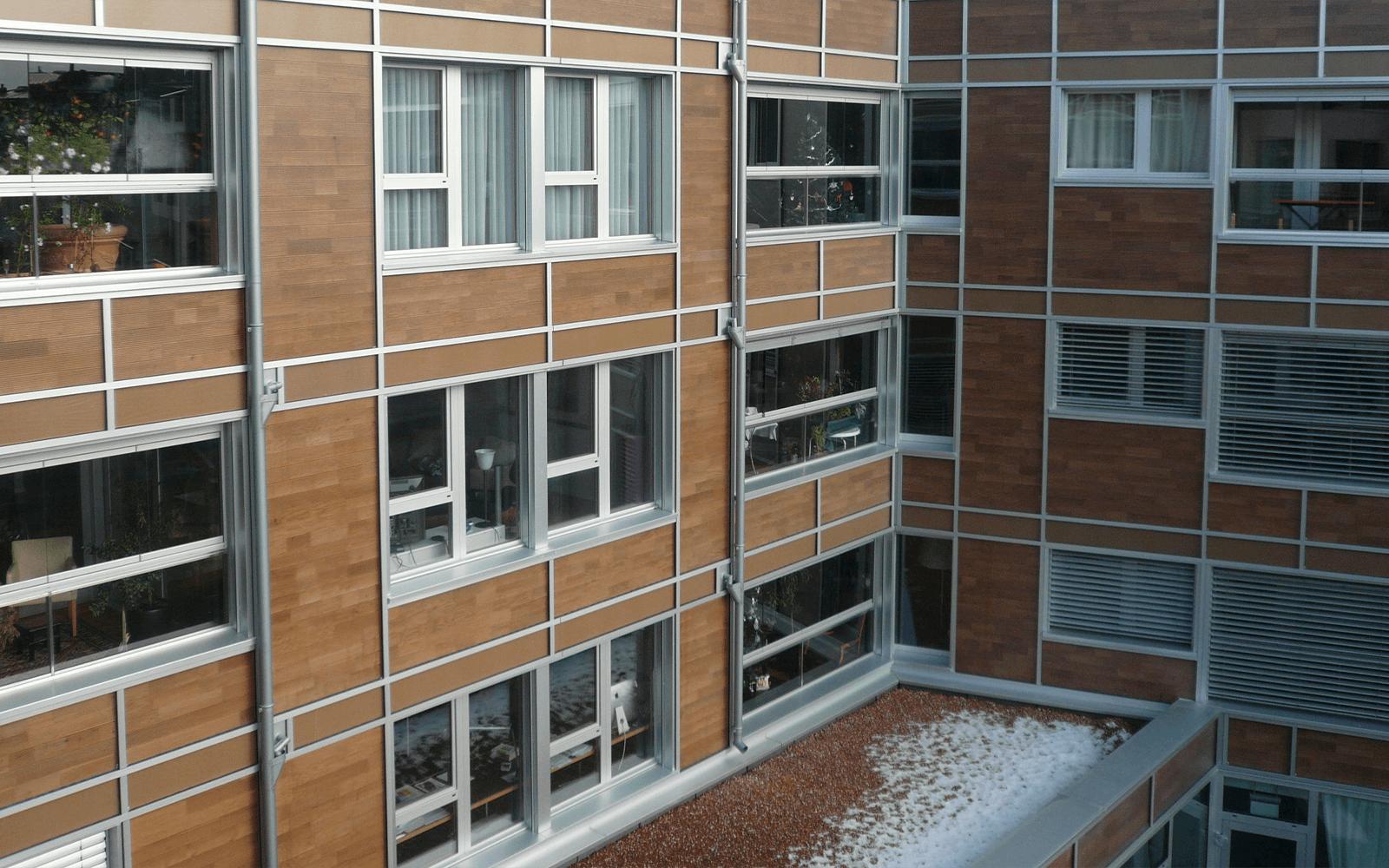 Vue extérieure de l'ilot central à Morges