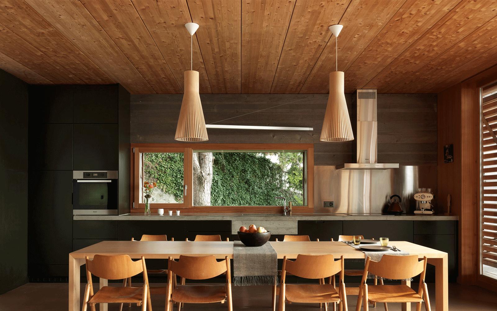 Cuisine et intérieur en bois